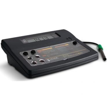 Máy đo độ dẫn điện để bàn HANNA HI216