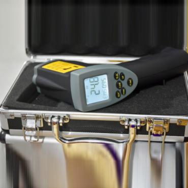 Máy đo nhiệt độ từ xa -50 +1110 độ C VOGEL 640318